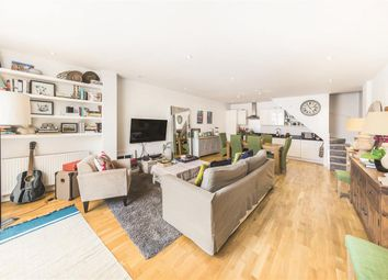 Thumbnail 2 bedroom flat for sale in Lavender Hill, London
