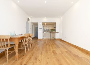 Thumbnail 2 bed flat to rent in Queensdown Road, Hackney