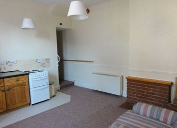 Thumbnail 1 bed flat to rent in Maelgwyn Road, Llandudno