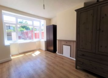 Thumbnail 4 bed terraced house to rent in Kingsmead Avenue, London