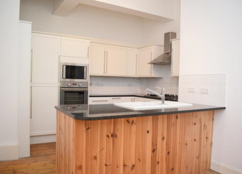 Thumbnail 2 bedroom flat to rent in 130/2 Portobello High Street, Edinburgh