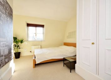 Thumbnail 3 bedroom flat to rent in Gloucester Street, Pimlico