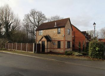 Thumbnail 2 bedroom detached house to rent in South Farm Drive, Skellow, Doncaster