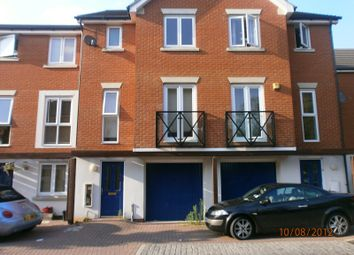 Thumbnail 3 bed town house to rent in Norwich Crescent, Chadwell Heath