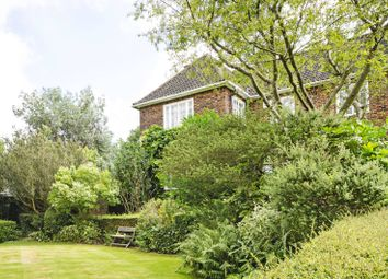 Thumbnail 3 bed property to rent in Bunkers Hill, Hampstead Garden Suburb