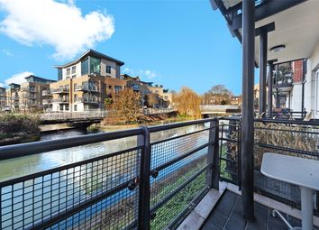 Thumbnail 2 bed flat for sale in Dorey House, Brentford, London
