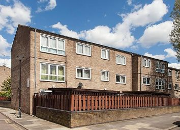Thumbnail 4 bed flat for sale in Rosebank Gardens, London