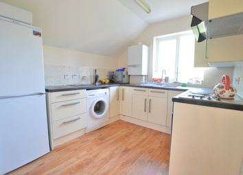 2 bed maisonette to rent in Lea Court, Ray Park Road, Maidenhead SL6
