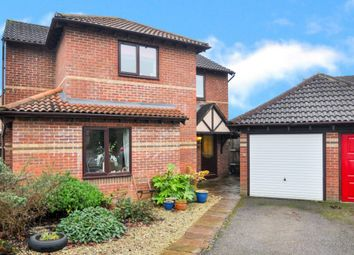 Thumbnail 4 bed detached house for sale in Willow Drive, Bicester