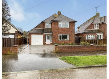 3 bed detached house for sale in Harsfold Road, Rustington, Littlehampton BN16