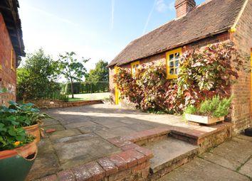 Thumbnail 3 bed cottage to rent in Back Lane, Shipbourne, Tonbridge