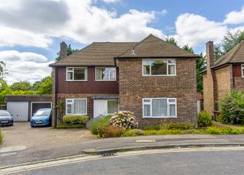 2 bed maisonette for sale in Courtlands Crescent, Banstead SM7