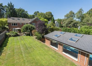 Wokingham Road, Crowthorne, Berkshire RG45. 7 bed detached house