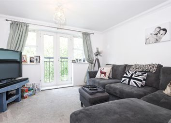 Thumbnail 1 bedroom flat for sale in Brookhill Road, Copthorne, Crawley
