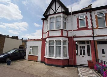 Thumbnail Room to rent in Silverdale Avenue, Westcliff-On-Sea, Essex