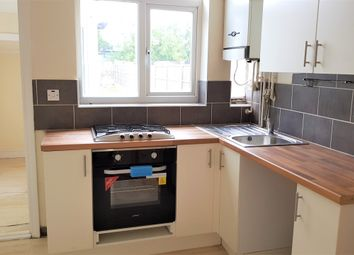 Thumbnail 3 bed town house to rent in Rosedale Avenue, Leicester