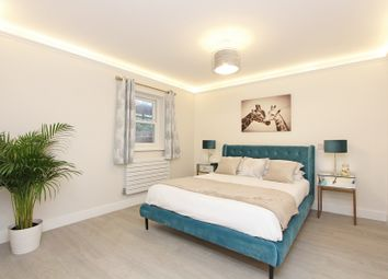 Thumbnail 2 bed flat for sale in Flat 5, Chatsworth Road, Croydon