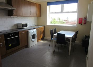 3 bed terraced house to rent in Top Floor Flat, Sketty Road, Uplands, Swansea. SA2