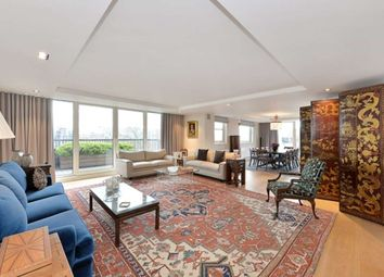 Thumbnail 4 bedroom flat to rent in Cheyne Walk, Chelsea