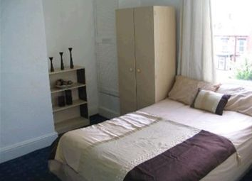 Thumbnail 5 bed flat to rent in Flat 3, 6 Winstanley Terrace, Headingley