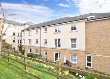 Thumbnail 1 bedroom flat for sale in Glen View, Gravesend, Kent
