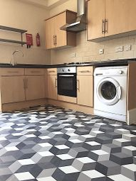 4 bed terraced house to rent in Waller Road, London SE14