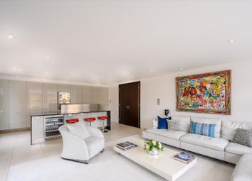 Mathison House, Kings Chelsea, London SW10. 2 bed flat for sale