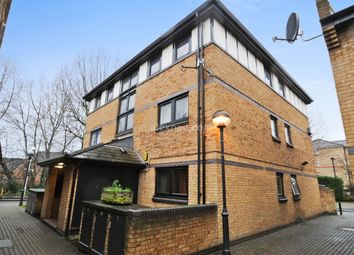 Thumbnail 2 bed flat to rent in Taeping Street, London