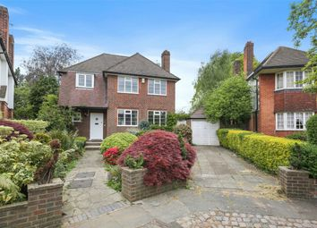 3 bed detached house to rent in Ashbourne Close, London W5