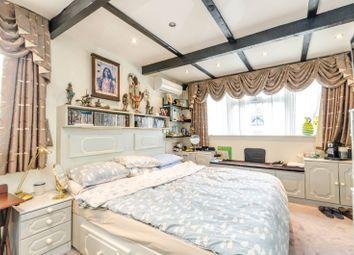 3 bed property for sale in Kenmore Avenue, Kenton, Harrow HA3