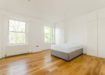 Thumbnail 4 bed property to rent in Axminster Road, Holloway