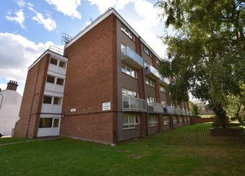 Thumbnail 3 bed flat to rent in Belle Vue Estate, London