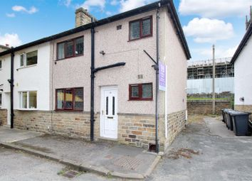 Thumbnail 2 bed town house for sale in Taunton Street, Shipley