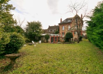 Thumbnail 5 bed property for sale in Clamart, Paris, France