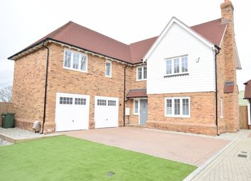 5 bed detached house for sale in Woodford Park, Staplehurst TN12