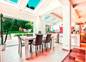 Thumbnail 5 bed detached house to rent in Makepeace Avenue, London