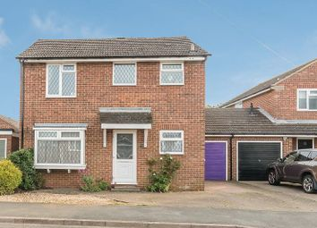 Thumbnail 3 bed link-detached house for sale in Sycamore Drive, Banbury