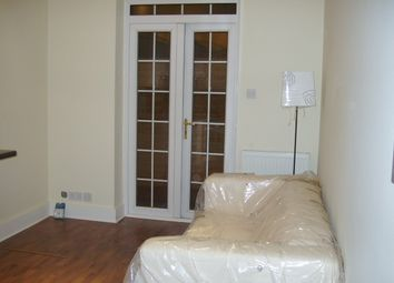 Thumbnail 1 bed flat to rent in Syon Lane, Osterley