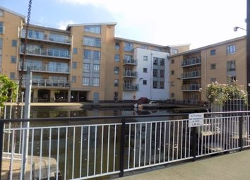 2 bed flat to rent in Lockside Marina, Chelmsford CM2