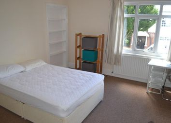 Thumbnail 3 bed flat to rent in Woodstock Road, Woodstock Road, Golders Green