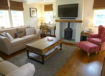 Thumbnail 3 bedroom cottage for sale in Marple Road, Charlesworth, Glossop