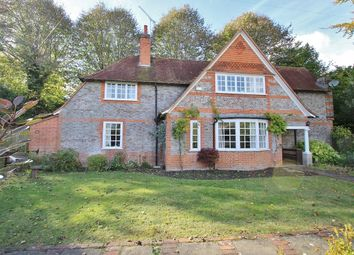 Thumbnail 3 bed detached house for sale in Stokes View, Pangbourne, Reading