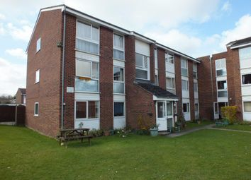 Thumbnail 2 bed flat to rent in Tennyson Close, Royston