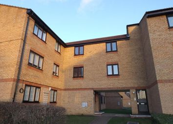 Thumbnail 2 bed flat to rent in Walpole Road, Slough