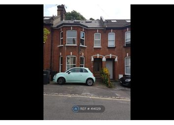 Thumbnail 2 bed flat to rent in Temple Road, Surrey