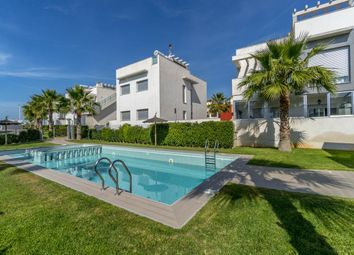 Thumbnail 2 bed bungalow for sale in Calle Caramujo 03185, Torrevieja, Alicante