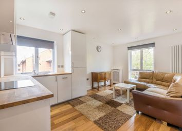 Thumbnail 2 bed flat to rent in Claremont Grove, Chiswick