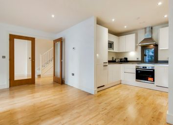 Thumbnail 3 bedroom flat to rent in Dowells Street, Greenwich
