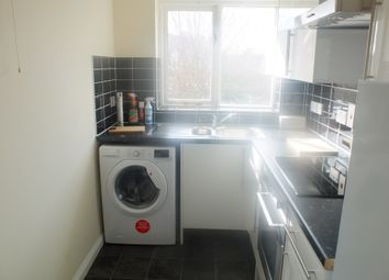 Thumbnail 1 bed flat to rent in South Bermondsey, London