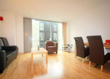 Thumbnail 1 bed flat to rent in Landmark, Canary Wharf
